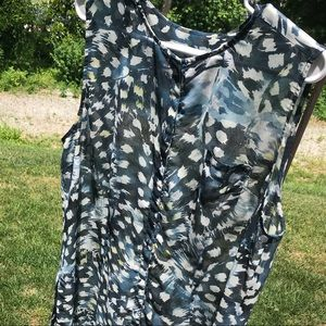 CAbi Tops - CAbi 416 sheer Avery tunic XL animal print